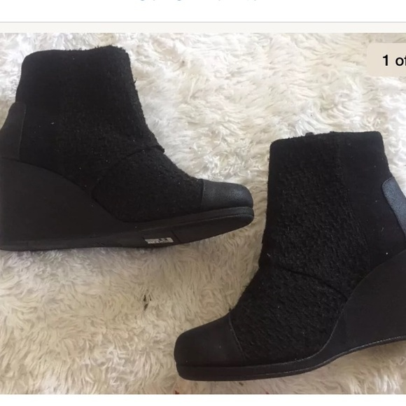 5ace97be0ec NEW TOMS black desert zipper wedge boots size 12